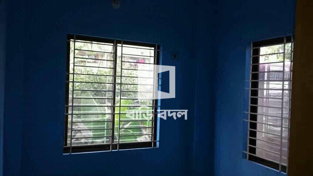 Flat rent in Chattogram চট্রগ্রাম সদর, শুলকবহর  পাখির দোকানের পর। ( বিসমিল্লাহ হাজীর বাড়ির সামনে ), কাতালগঞ্জের ভেতরে।
