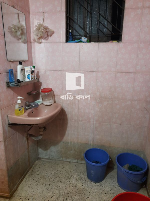 Flat rent in Dhaka বনশ্রী, বনশ্রী এ ব্লক, রোড -৩। ৬ তলা।