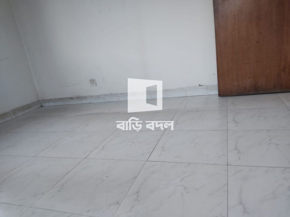 Flat rent in Dhaka উত্তরা, House -3, Road -14/C , Sector 4 (Near uttara purba Thana,  Shop n Save Super Shop, Comfort Diagnostic Centre)
