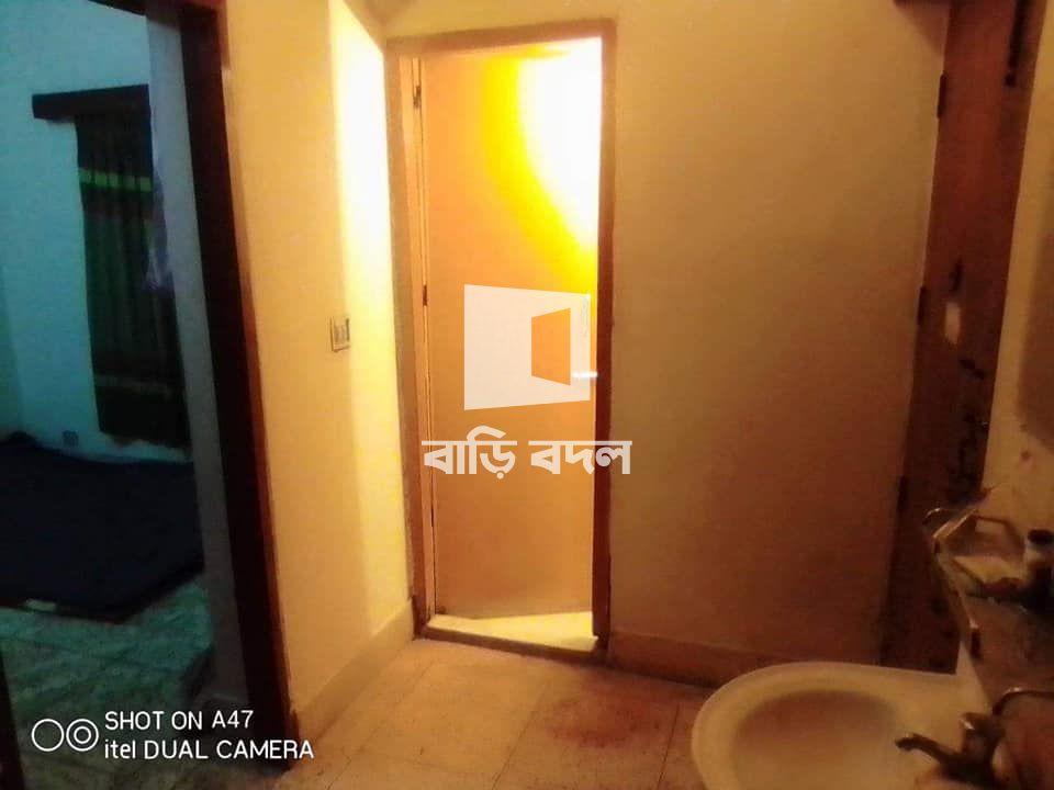 Sublet rent in Dhaka উত্তরা, উত্তরা 5 নম্বর সেক্টরে 4 নাম্বার রোডে