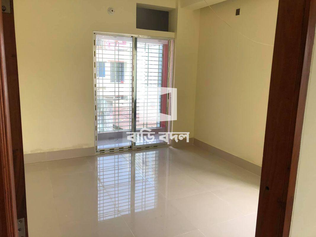 Flat rent in Khulna , কাশেম নগর ২ নম্বর সড়ক | নিরালা, খুলনা | এসওএস শিশু পল্লীর পিছনে | ফ্ল্যাটের সামনে রাস্তা |