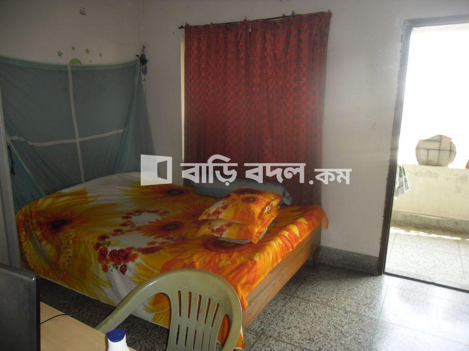 ফ্ল্যাট ভাড়া: 956/1 Outer Circular Road Rajarbagh Dhaka:1217. Flat 4(D) | ৩  টি বেড রুম | শান্তিনগর | Baribodol.com