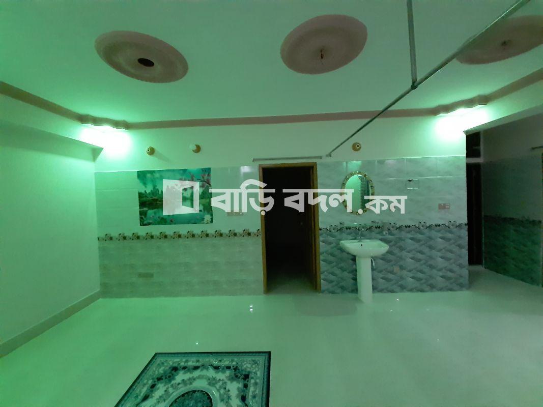 ফ্ল্যাট ভাড়া: 60 ফিট পাকা মসজিদের অপোজিটে  | ৩  টি বেড রুম | মিরপুর | Baribodol.com
