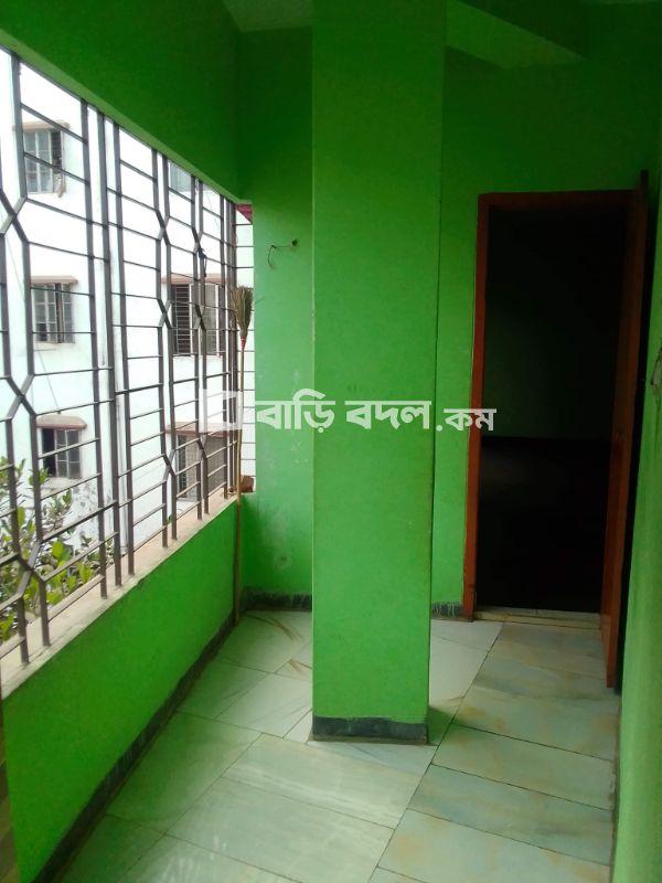 Flat rent in Dhaka শ্যামলী,  শ্যামলী,শাপলা হাউজিং পানির পাম্পের পশ্চিম মাথায়