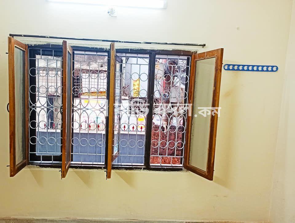 Flat rent in জিগাতলা সালেক গার্ডেন নতুন কাঁচাবাজারের কাছে। | 1  bed(s) | Zigatola | Baribodol.com, Best property rental platform in Bangladesh