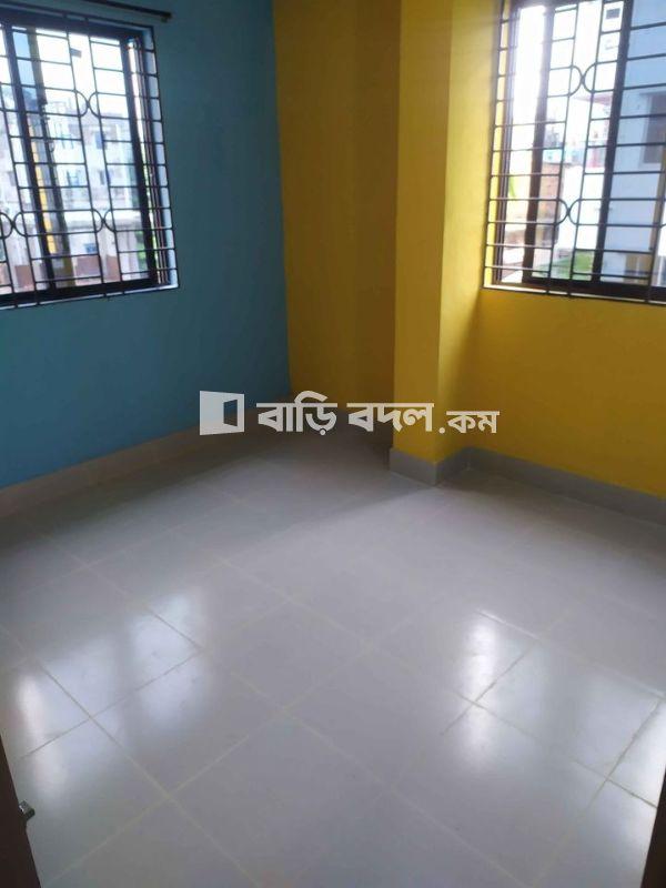 Flat rent in নয়া বাজার বিশ্ব রোড় মোড়ের পশ্চিমে সবুজ বাগ,ওমর জাহান মসজিদ সংলগ্ন,হালিশহর,চট্টগ্রাম।  | 2  bed(s) | Chattogram Sadar | Baribodol.com, Best property rental platform in Bangladesh