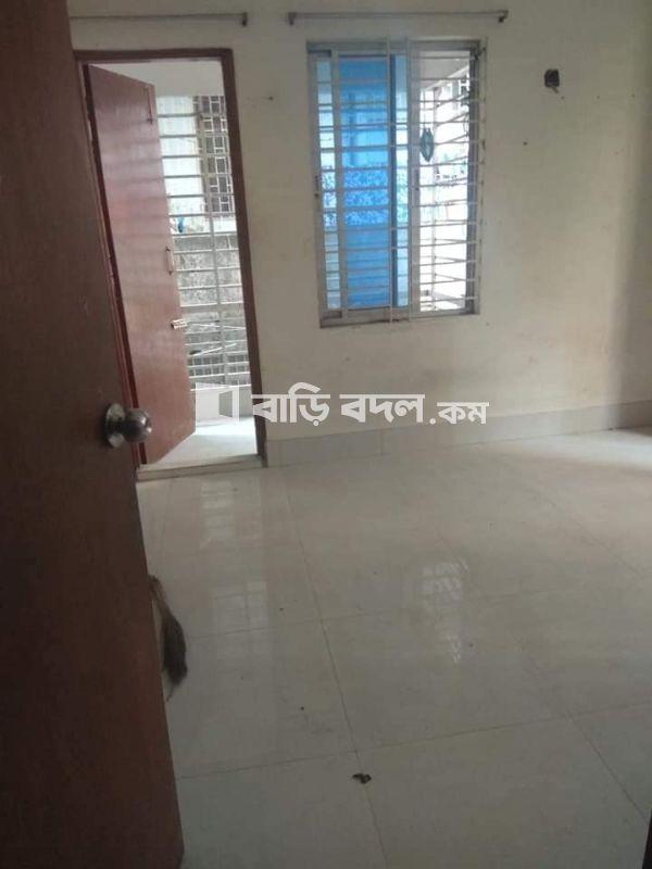Seat rent in Dhaka শুক্রাবাদ, শুক্রাবাদ  ধানমন্ডি