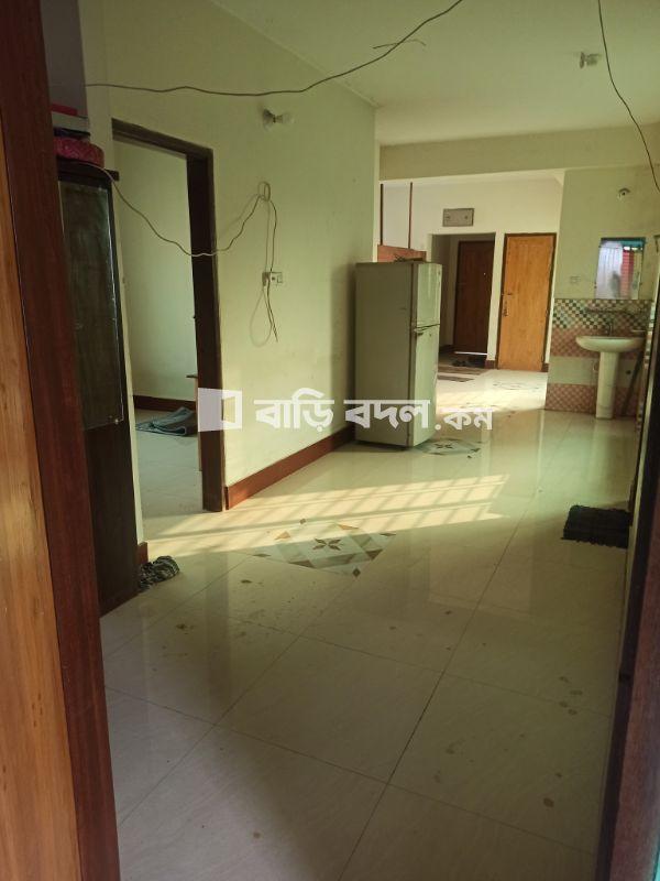 Flat rent in রায়েরবাজার হাই স্কুল, পশ্চিম ধানমন্ডি। ছেলেদের ব্যাচেলর ফ্ল্যাটে। | 1  bed(s) | Dhanmondi | Baribodol.com, Best property rental platform in Bangladesh