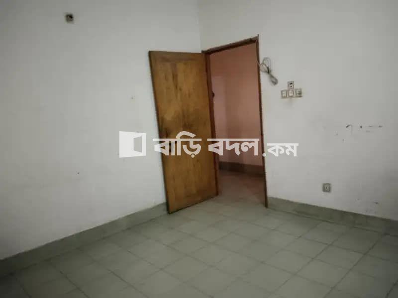 Sublet rent in বাসা -৩, রোড-৩, ব্লক -সি, কাদেরাবাদ হাউজিং, মোহাম্মদপুর ঢাকা।   1  bed(s)   Mohammadpur   Baribodol.com, Best property rental platform in Bangladesh