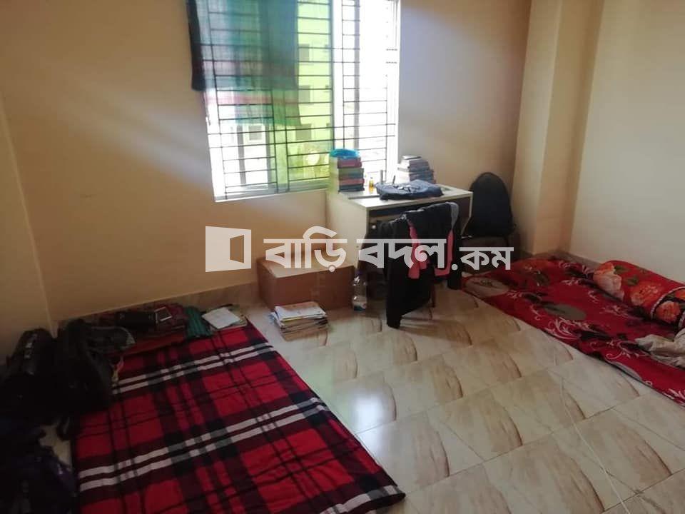 Flat rent in Dhaka মিরপুর, মিরপুর ৬০ ফিট পাকা মসজিদ(সাত সতেরো রেস্টুরেন্ট এর বিপরীতে)