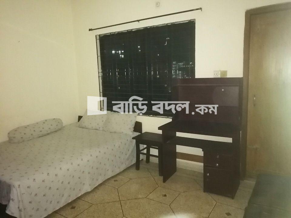 Sublet rent in Dhaka কুড়িল, kuril bissa road. 2 minutes walking distance to aiub, nsu, iub.