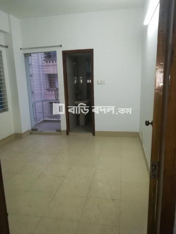 Sublet rent in Dhaka বসুন্ধরা আবাসিক এলাকা, Walking distance from IUB,NSU... Block-D,Road-05.