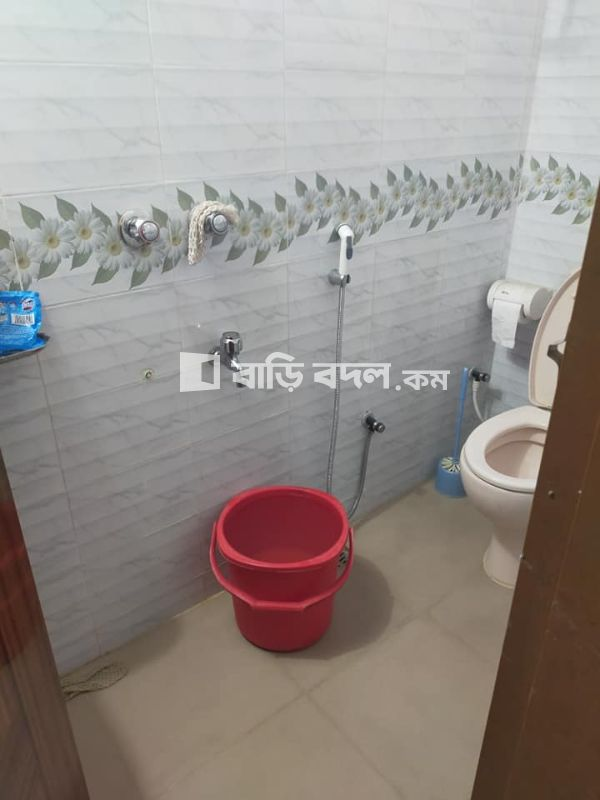 Flat rent in Dhaka উত্তরা, Sector 10,road 9,house 5 er opposite road er 6 ta house por 41 no house( ranavola ,road 7)