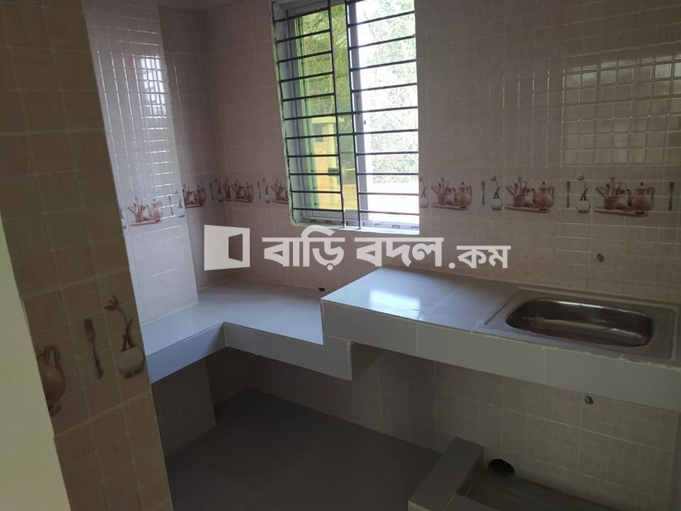 Flat rent in Chattogram চট্রগ্রাম সদর, Tigerpass, Ambagan near 13 no ward office.