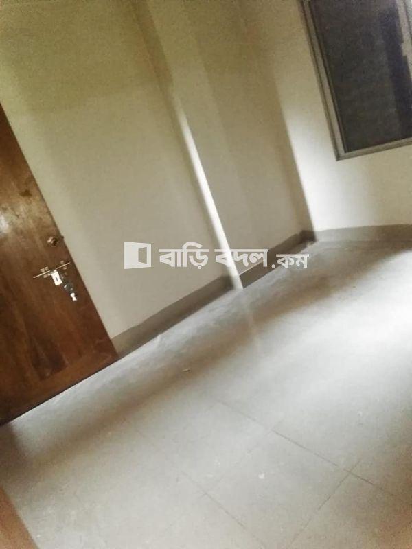 Flat rent in Dhaka কমলাপুর, ৭২/ক/৪ কদমতলা স্কুল এর পিছনের গল্লি,পোস্ট অফিসঃবাসাবো-১২১৪,ঢাকা।কমলাপুর রেলগেট থেকে ২৫ মিনিট,বৌদ্দ মন্দির থেকে ১৫ ও বালুর মাঠে থেকে ৮ মিনিট এর যাতায়াত সময় লাগে হেটে যেতে।