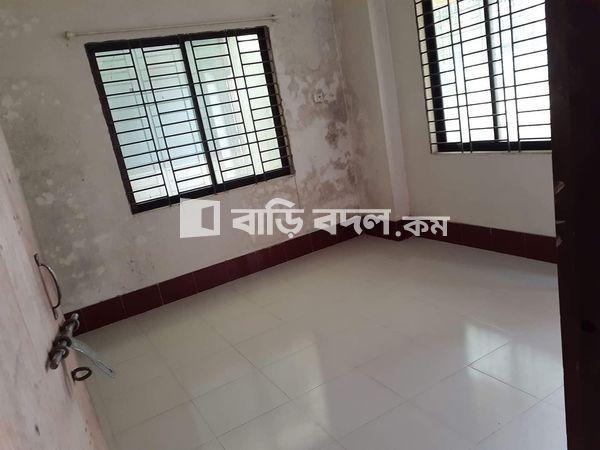 Sublet rent in Dhaka সাভার, স্মরণিকা আবাসিক এলাকা।সাভার নিউ মার্কেট এর কাছেই।মেইন রোড থেকে ২ মিনিট এর হাঁটা পথ।