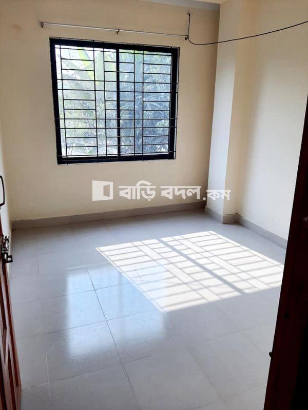 Flat rent in Dhaka সাভার, মজিদপুর, সাভার। (পাকিজা বা বাস স্ট্যান্ড এর কাছাকাছি এরিয়া। ম্যাপ দেয়া আছে।)