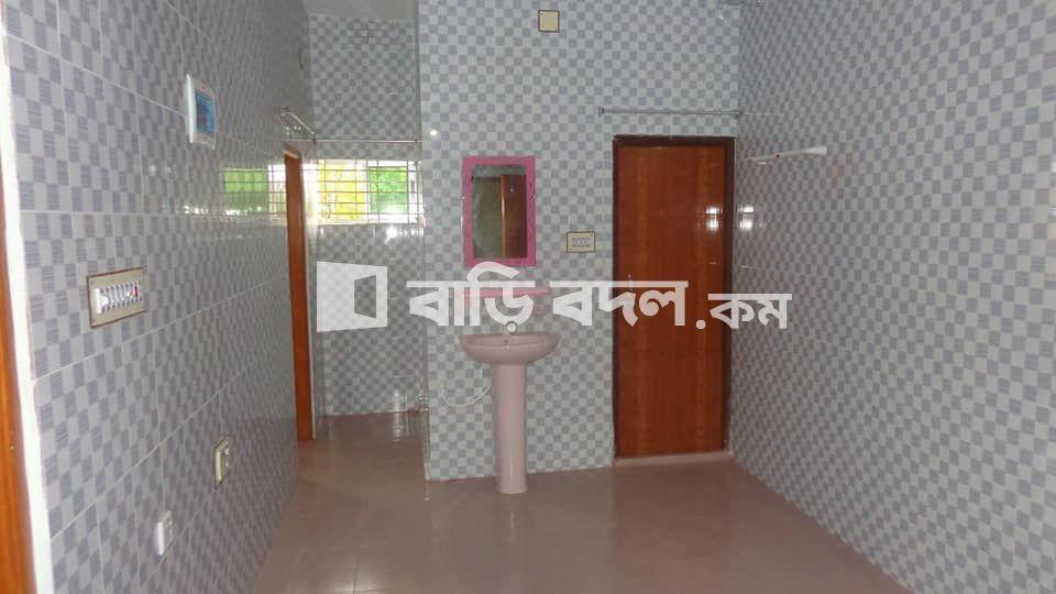 Flat rent in Rajshahi রাজশাহী সদর, বাসার নাম : মুরশেদা মঞ্জিল, বাসা নং : ৪৯, রাজপাড়া, রাজশাহী কোর্ট, রাজশাহী।