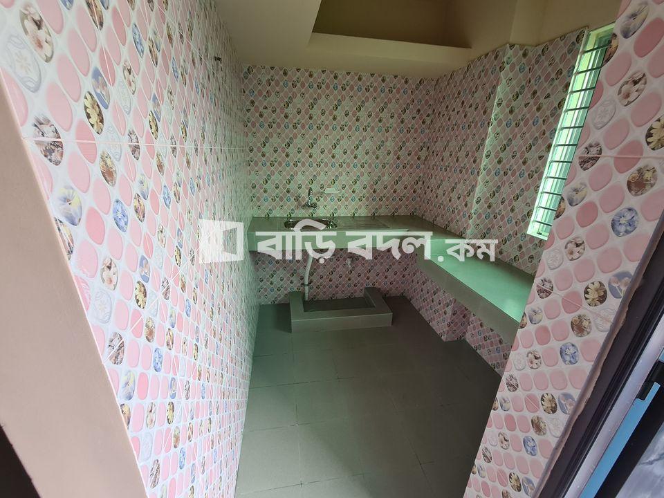 Flat rent in চট্টগ্রাম এর পাহাড়তলী থানার আওতাধীন, কর্ণেল হাট সিটি কর্পরোশন কাচা বাজারের বীপরিত দিকে ঢাকা ট্রাং রোড থেকে পশ্চিম দিক দিয়ে ২ মিনিট হাটার দুরত্তে কর্ণেল জোন্স রোড সংলঘ্ন,  | 2  bed(s) | Chattogram Sadar | Baribodol.com, Best property rental platform in Bangladesh