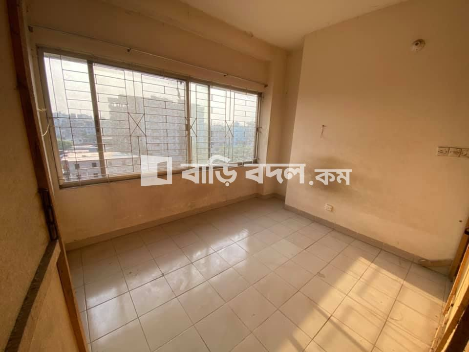 Flat rent in 2-3 minutes walking distance from IUB/NSU/Ghatpar.   | 1  bed(s) | Bashundhara RA | Baribodol.com, Best property rental platform in Bangladesh