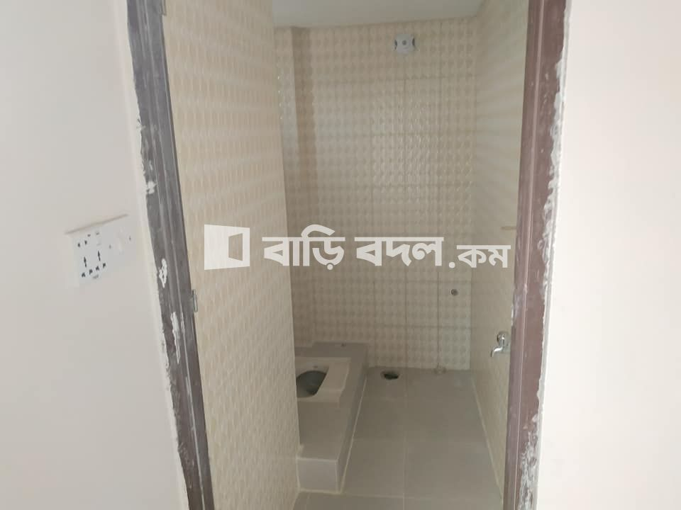 Flat rent in Chattogram চট্রগ্রাম সদর, Tigerpass, Ambagan near 13 no ward office.