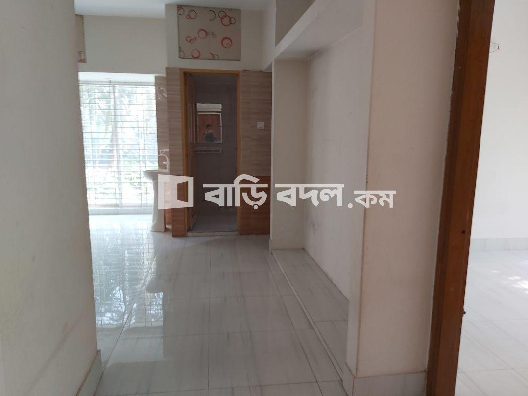 Flat rent in বাইতুর রহমান জামে মসজিদ রোড,(মুসা সড়ক), ২২ তলা(Delta Life Tower) এর বিপরীতে,  ৬৩/৯ক, নবপল্লি Sonadanga, Khulna. | 4  bed(s) | Khulna Sadar | Baribodol.com, Best property rental platform in Bangladesh