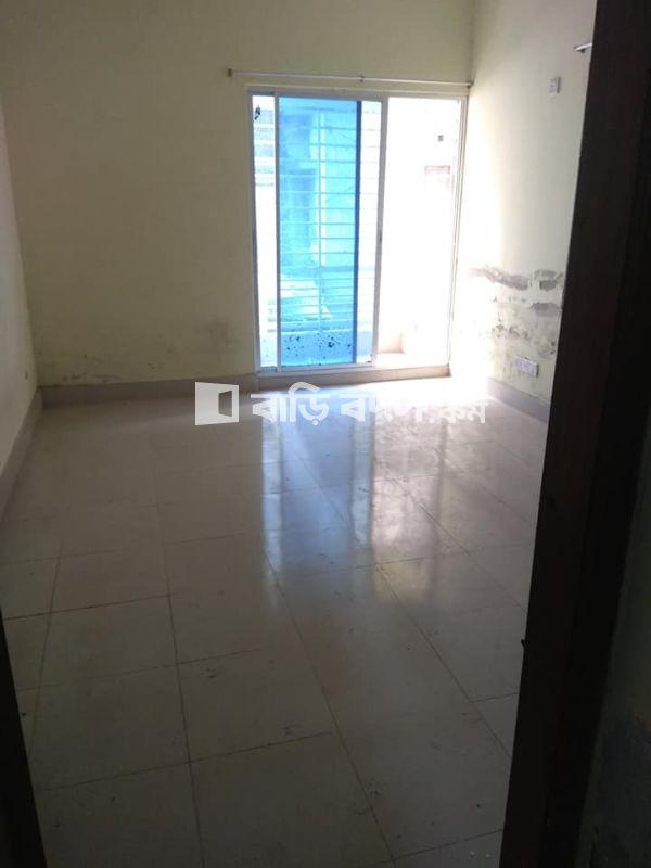 Flat rent in Dhaka শুক্রাবাদ, শুক্রাবাদ  ধানমন্ডি
