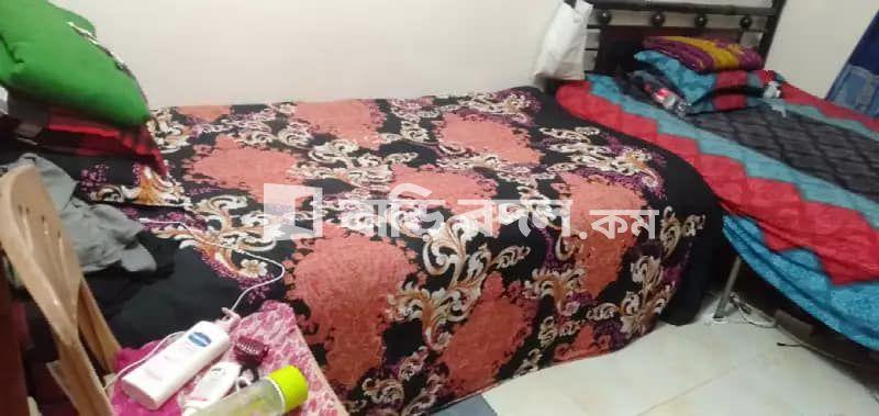 Sublet rent in Dhaka ধানমন্ডি, Dhanmondi 19 no. Star kabab er pichone.