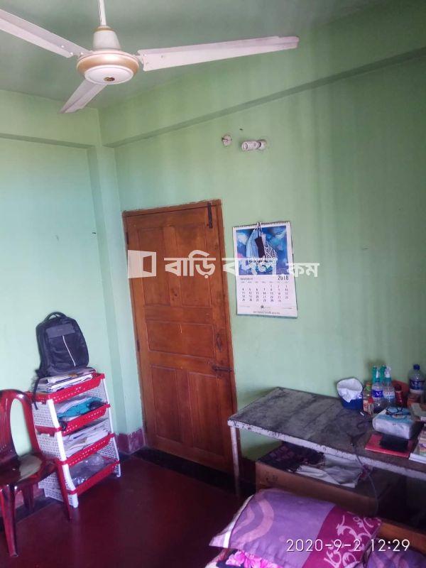 Seat rent in Chattogram চট্রগ্রাম সদর,  জঙ্গিশাহ মাজার গেইট, বাদুরতলা, বহদ্দারহাট, চট্টগ্রাম।