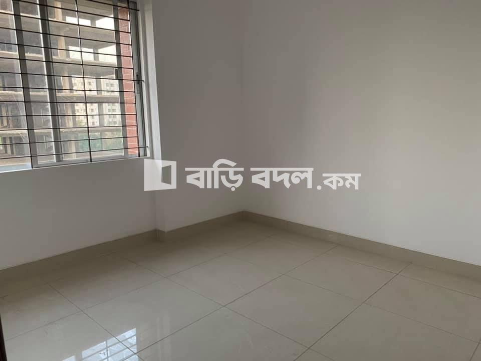 Flat rent in Dhaka উত্তরা, উত্তরা দিয়াবাড়ী মেট্রোরেল প্রজেক্টের পাশে