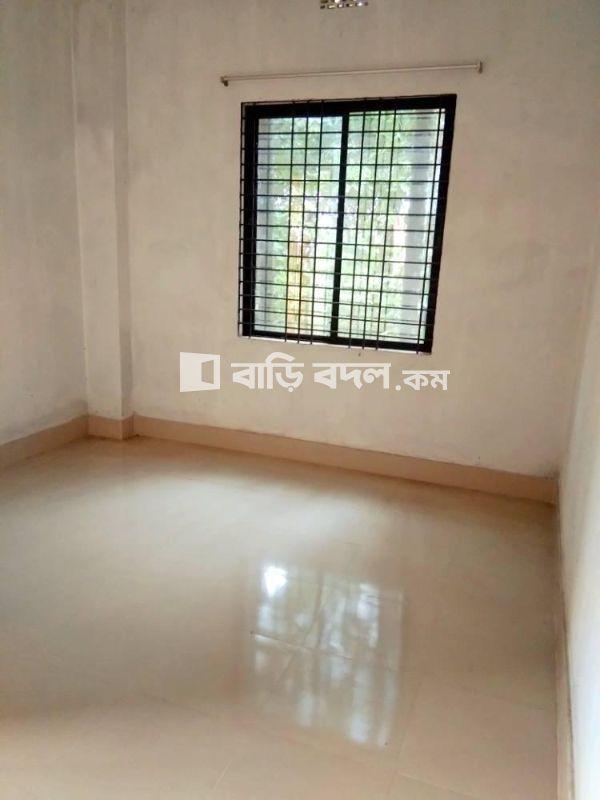 Flat rent in Rangpur রংপুর সদর, পার্কের মোড় থেকে ৭,  ৮ মি পায়ে হেটে সিদ্দিক মেমোরিয়াল স্কুল এর বিপরীত পাশে অবস্থিত
