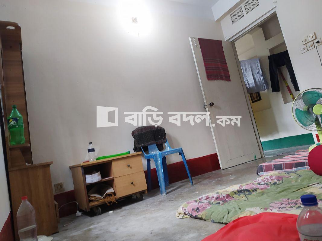 Flat rent in Dhaka আজিমপুর, আজিমপুর রসুলবাগ, ঢাকা-১২১১। (গোলাপশাহ মসজিদ সংলগ্ন)