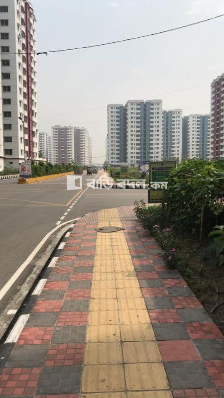 Flat rent in Dhaka উত্তরা, রাজউক উত্তরা এপার্টমেন্ট প্রজেক্টে বাসা ভাড়া দেওয়া হবে! রাজউক উত্তরা সেক্টর ১৮