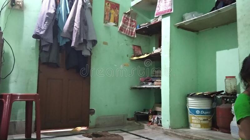 Flat rent in Dhaka Division ঢাকা, 5237 Giridara Tushardhara kadomtali Dhaka